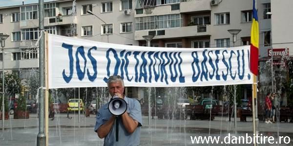 proteste piata tricolorului 2012