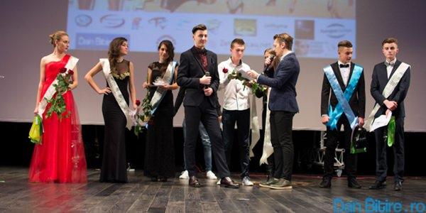 Balul bobocilor @ Colegiul Emienscu - Dan Bitire . ro (Copyright)-214